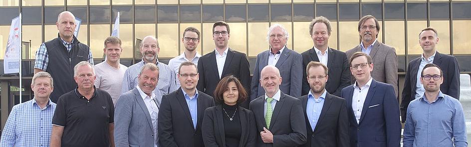 """Die Projektpartner des Forschungs- und Entwicklungsprojekts """"FlexiEnergy"""" beim Kick-off am 11. September 2018 in Paderborn. Der SICP ist Konsortialführer des Projekts. Foto: Dr. Thim Strothmann, SICP"""